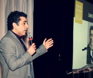Le PDG d'eXplorance, Samer Saab, lors de la remise du Prix PDG de l'année Investissement Québec 2016.